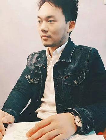 设计师陈凌峰