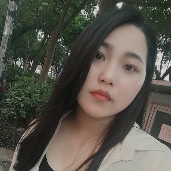 设计师陈雯娜