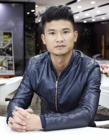 新正设计师刘秦毅